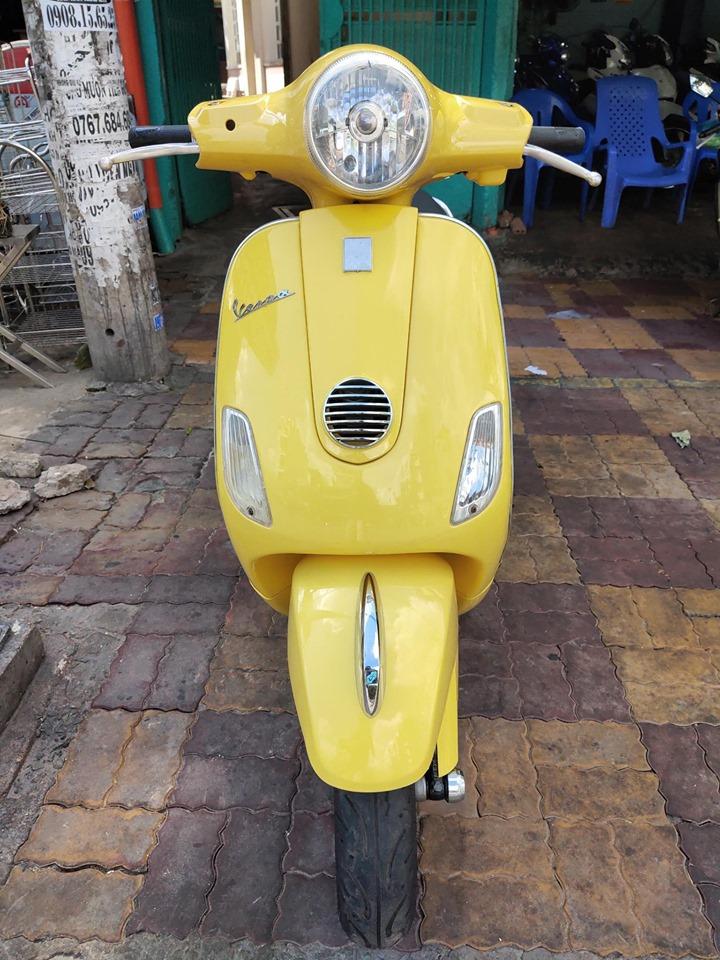 Piaggio Vespa 125cc 2010  màu vàng bstp giá rẽ 13tr8
