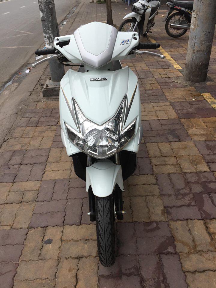 Honda Airblade Fi 2009 trắng bạc đời 1 đèn