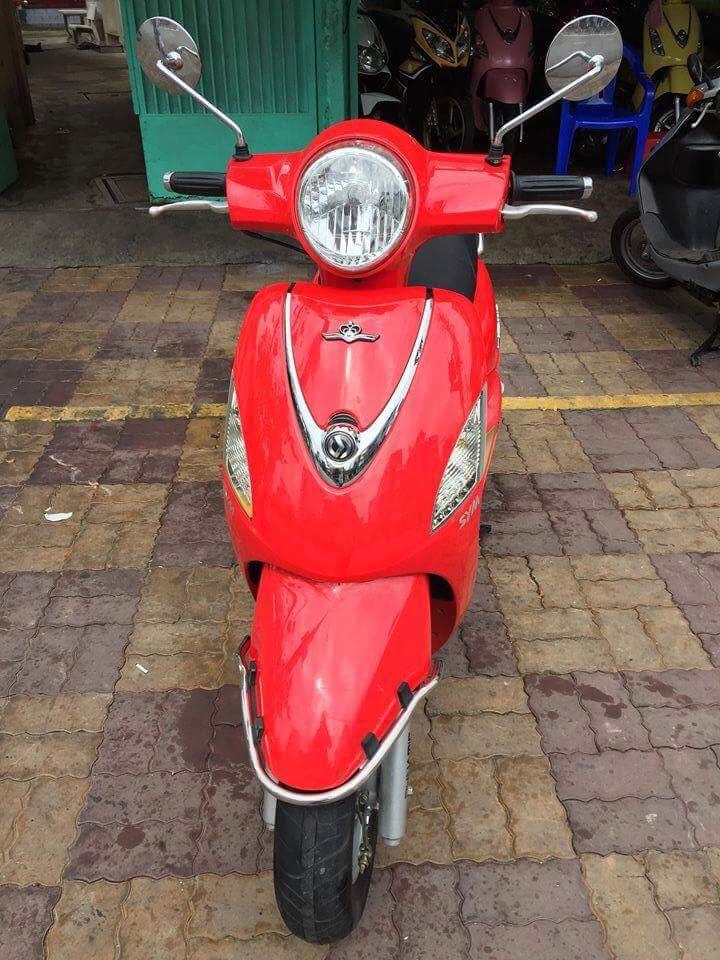 Sym Attila Elizabeth Fi 125cc 2012 màu đỏ 778.38