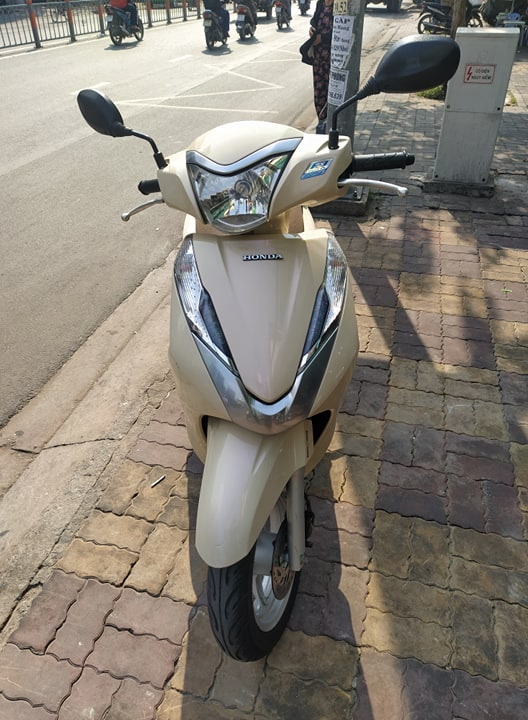 Honda Lead Fi 125cc 2015 màu trắng  bstp 178.19 giá bán 25tr5