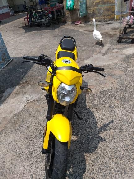 Bán mô tô CB125R dòng tây côn 125cc 2011 bstp 046.12 bán 18tr9
