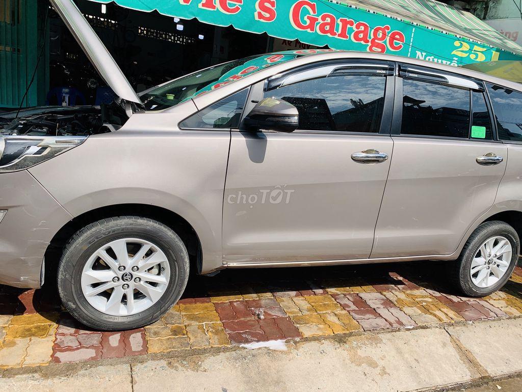 Toyota Innova E 8/2018 Số sàn 1 chủ SD 80k
